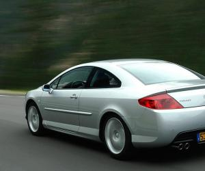Peugeot 407 Coupe photo 2