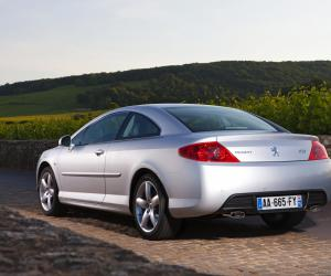Peugeot 407 Coupe photo 4
