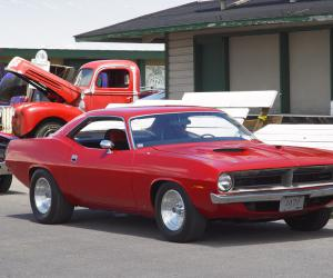 Plymouth Barracuda photo 3