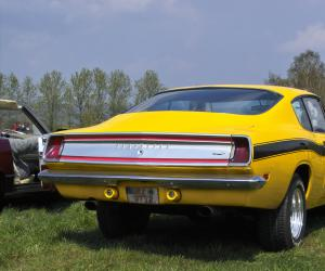 Plymouth Barracuda photo 14