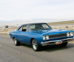 Plymouth Road Runner photo 2
