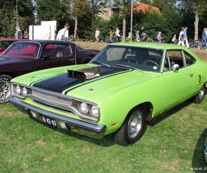 Plymouth Road Runner photo 9