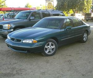 Pontiac Bonneville photo 1