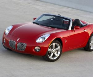 Pontiac Solstice photo 4