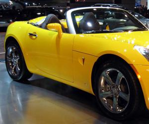 Pontiac Solstice photo 14