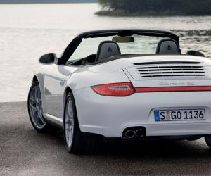 Porsche 911 Carrera 4S Cabriolet photo 1