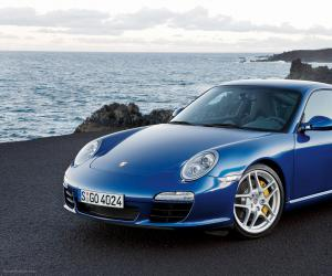Porsche 911 Carrera S photo 3
