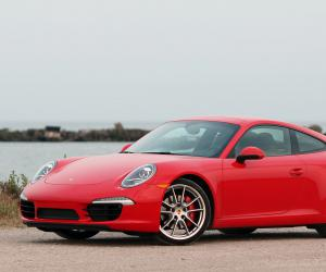 Porsche 911 Carrera S photo 7