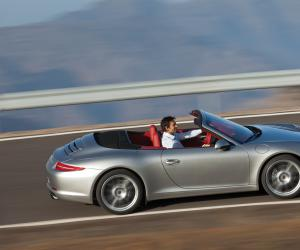 Porsche 911 Carrera S Cabrio photo 6