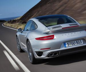 Porsche 911 Turbo photo 11