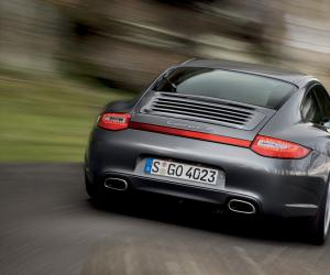 Porsche Carrera 4 photo 6