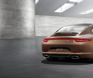 Porsche Carrera 4 photo 14