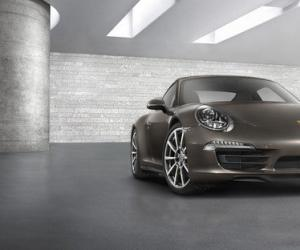 Porsche Carrera 4 photo 17