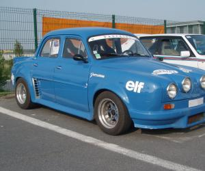 Renault Dauphine photo 2