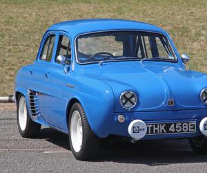 Renault Dauphine photo 7