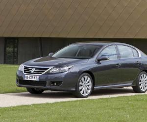 Renault Latitude photo 7