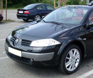 Renault Megane CC photo 2