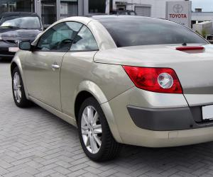 Renault Megane CC photo 8