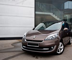 Renault Scénic 1.5 dCi photo 8