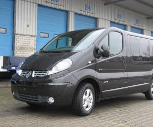 Renault Trafic Passenger photo 13