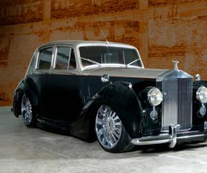 Rolls-Royce Silver Dawn photo 1