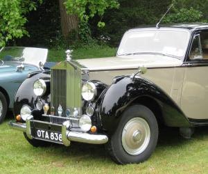 Rolls-Royce Silver Dawn photo 2