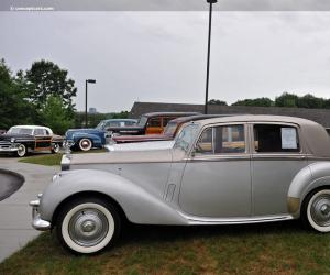 Rolls-Royce Silver Dawn photo 6