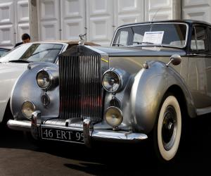 Rolls-Royce Silver Dawn photo 9