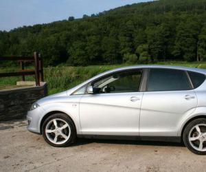 SEAT Altea 2.0 TDI photo 4
