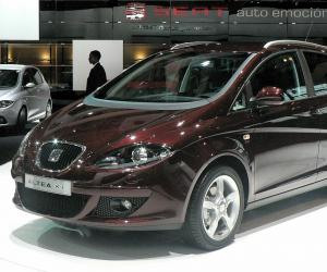 SEAT Altea XL photo 2