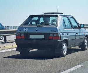 Skoda Favorit photo 1