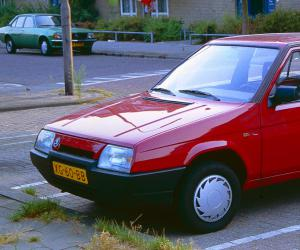 Skoda Favorit photo 2