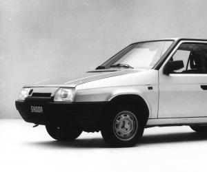 Skoda Favorit photo 3