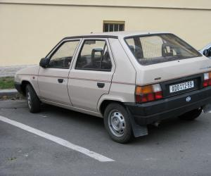 Skoda Favorit photo 4