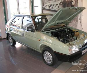 Skoda Favorit photo 6