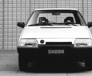 Skoda Favorit photo 8