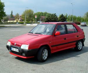Skoda Favorit photo 10