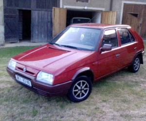 Skoda Favorit photo 12