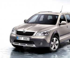 Skoda Octavia Scout photo 1