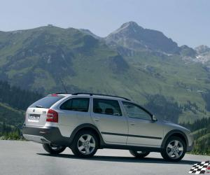 Skoda Octavia Scout photo 4