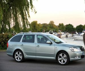 Skoda Octavia Scout 2.0 TDI photo 4
