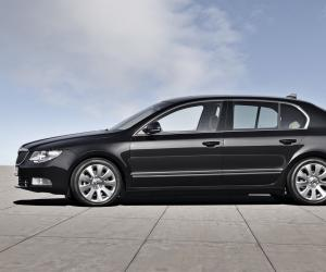 Skoda Superb photo 1