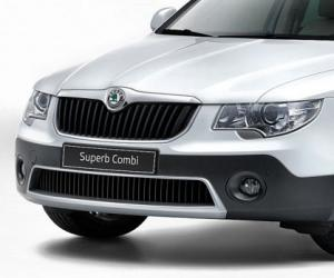 Skoda Superb Combi Outdoor image #9