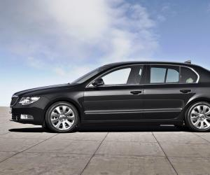 Skoda Superb Greenline image #10