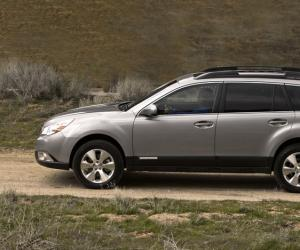 Subaru Outback photo 2