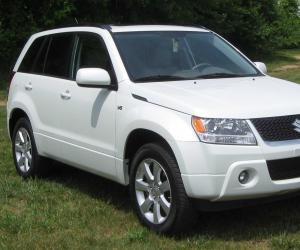 Suzuki Grand Vitara photo 2