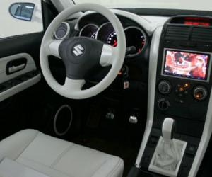 Suzuki Grand Vitara photo 6