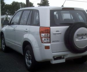 Suzuki Grand Vitara photo 7