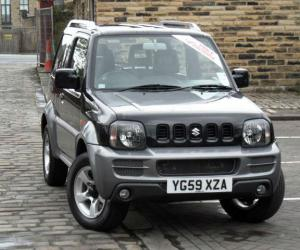 Suzuki Jimny Black & White photo 13