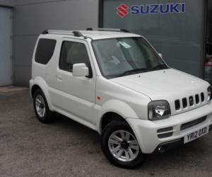 Suzuki Jimny Black & White photo 14